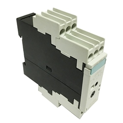 Siemens CLEARANCE 3RP1525-1BR30 2C 15 Ranges (1,3,10,30,100 S/Min/H) On-Delay Time Relay