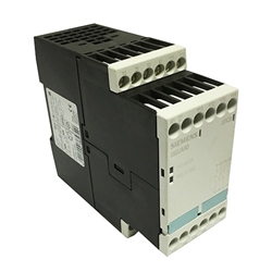 Siemens CLEARANCE 3TK2835-1AB20 Sirius 2 Channel 24V ac 3NO 1NC Configurable Safety Relay