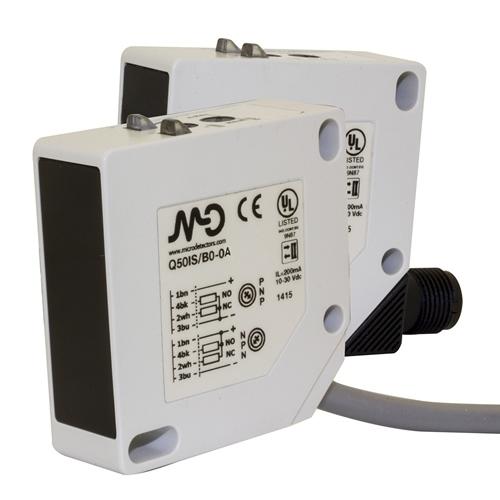 MD Micro Detectors Cubic maxi photoc. diffuse 1m, no/nc pnp, M12 conn
